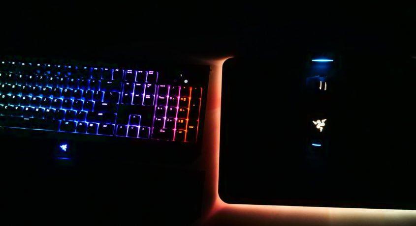 Razer BlackWidow Chroma V2 + Razer Mamba + Firefly Hyperflux Review